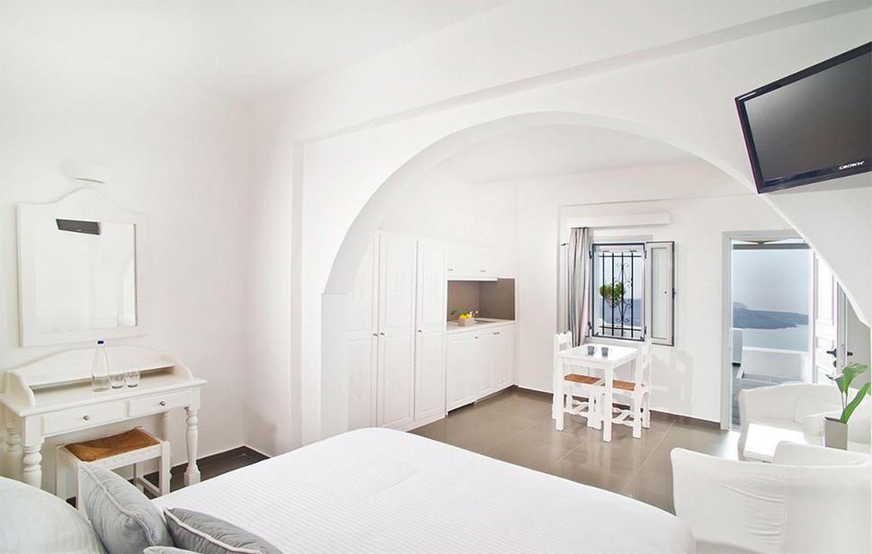 Hotel Agali Houses auf Santorin im Ort Imerovigili