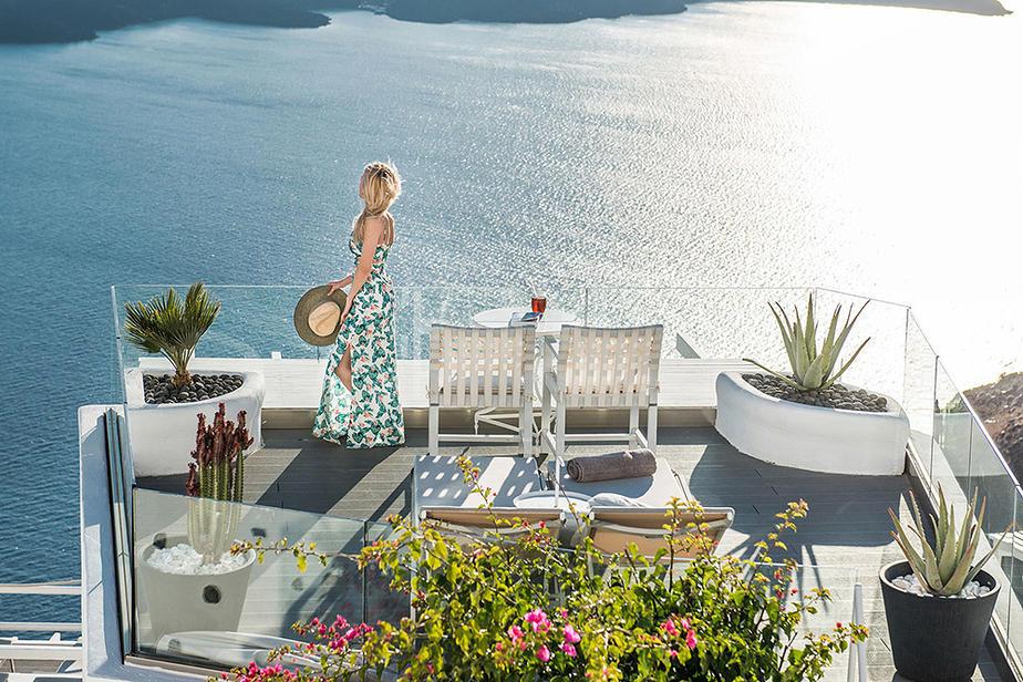 Hotel On The Rocks - Imerovigili Santorini