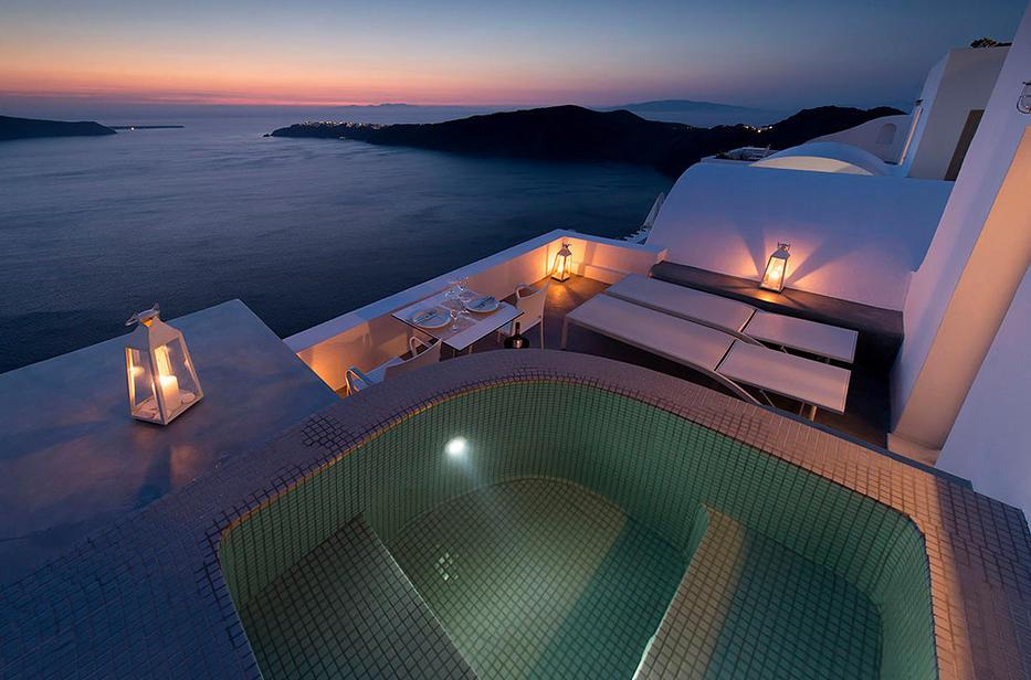 Hotel Regina Mare auf Santorin im Ort Imerovigili